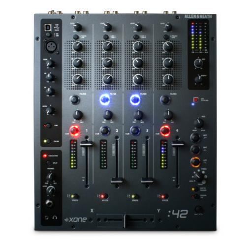 Allen & Heath Xone 42 Club / DJ Mixer