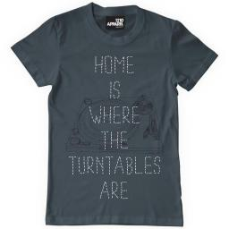 Home-Is-Where-The-Turntables-Are-Web_grande.jpg